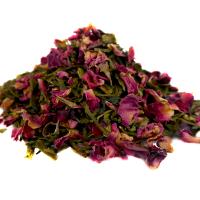 Grüner Tee mit Rosen Blüten. kbA